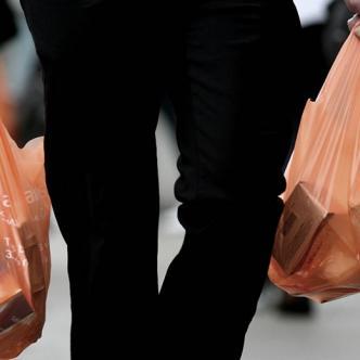 La ley nació como una respuesta para incentivar el desuso de bolsas plásticas | Al Día