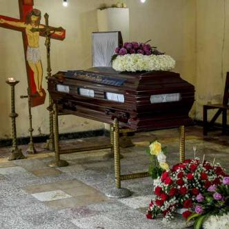 El velorio de Janeth Hamburger fue en el Cementerio de Siape. Sus familiares piden que se haga justicia y dicen que no tiene para transportarse e ir a presentar las denuncias.