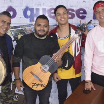 De izquierda a derecha los venezolanos Robert Bolívar y Horacio Gutiérrez, le siguen los barranquilleros Niner González (Neo) y José Felizzola (JM).