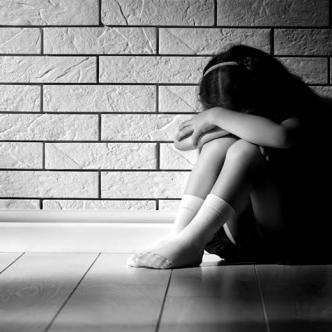 El abusador entró a la habitación donde se encontraba la menor | Ilustrativa