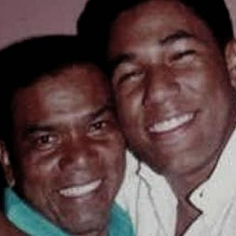 Miguel Morales y su hijo, el fallecido Kaleth Morales | Archivo