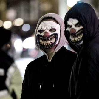 Muchas personas le temen a los payasos, por eso estos enmascarados se aprovechan para asustar y atacar | Twitter
