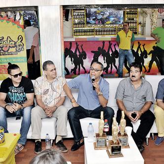 Odilio González, Lokassa Ya M'bongo, Sammy González, Herman Olivera, 'Pelusa', Yilmar Zilguero y la Bandola, están en Barranquilla | Foto: Archivo