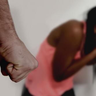Kellys Johana Acosta Bolaños fue agredida sorpresivamente por su pareja en medio de un ataque enfurecido de celos | Al Día