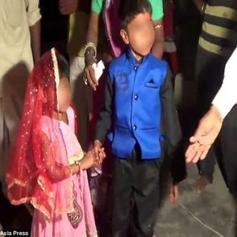 El vídeo desgarrador fue tomado en Chittorgarh,  al norte de la India, donde son frecuentes los matrimonios infantiles | Foto: Daily Mail