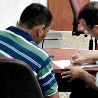 El presunto abusador fue enviado a la cárcel por el Juzgado Cuarto Penal con funciones de control de garantías.   AL DÍA