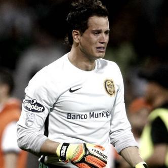 El guardameta no solo recibió la burla de Orlando Berrío, sino también de Marlos Moreno. | ALDIA.CO