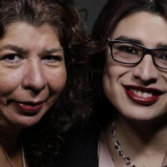 Esperanza Martínez junto con su hija Andrea.| Tomada de: El Tiempo.