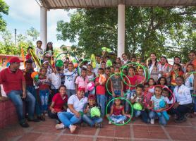 150 niños beneficiados con dotación deportiva