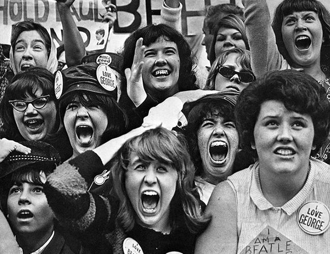 ¿Qué habría sido de las fans de los Beatles si hubieran tenido redes sociales?