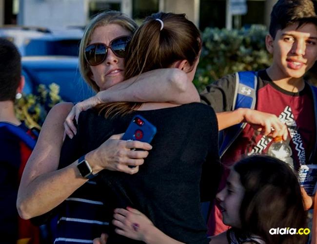 Estudiantes, docentes y padres de familia conmocionados I Imagen de: AFP
