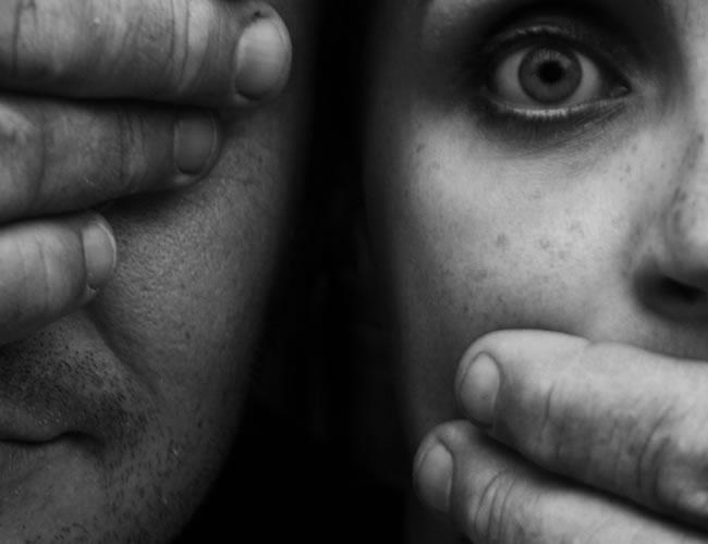 La mujer decidió acusar a su hermano luego de que sus hijos escucharan uno de los abusos | Huffington Post