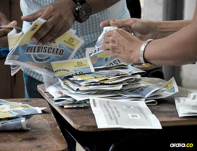 Desde muy temprano la lluvia fue la protagonista de una jornada democrática en la que reinó el abstencionismo. | AL DÍA